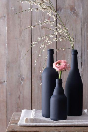 de-simples-bouteilles-deviennent-des-vases-peints_5210241
