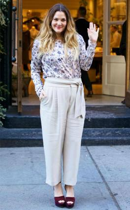1217-rs_634x1024-151216093041-634-drew-barrymore-wave-nyc-jr-121615