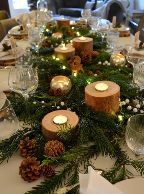table noel decoration.jpg